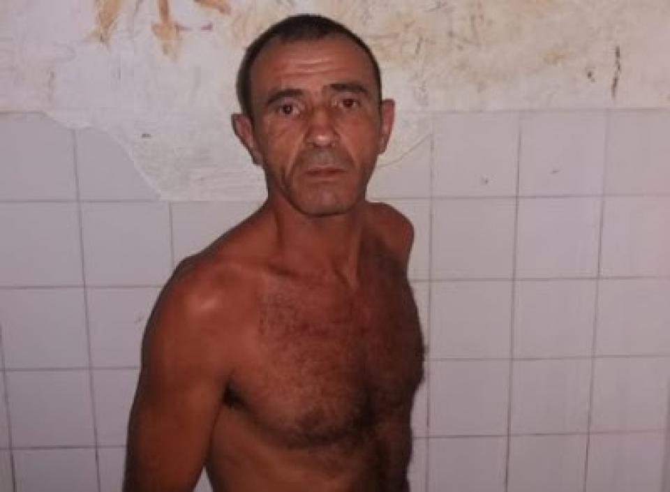 Homem é preso após tentar estrangular companheira em Ubatã