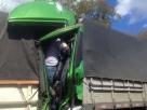 Motorista sobrevive após ficar prensado na cabine em batida no interior da Bahia