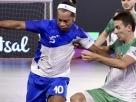Vídeo: Ronaldinho Gaúcho dá show em partida de futsal