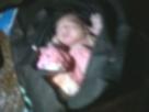 Recém-nascido sobrevive após ser colocado em bolsa e jogado canal no Recife