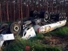 Carreta carregada de combustível tomba na BA-290 após motorista perder controle da direção