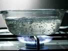 Homem tem órgãos genitais queimados com água quente e acusa ex-esposa