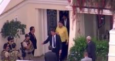 Bolsonaro visita Silvio Santos em casa após sair de exames em hospital
