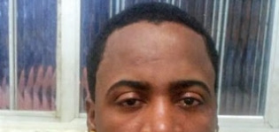Pai é preso em Mucuri após dar cachaça para criança de 1 ano