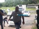 Cruel: Pastor é preso após decepar mão da esposa por ciúmes