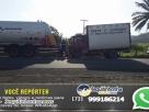 Colisão entre caminhões deixa duas pessoas feridas na BR-101